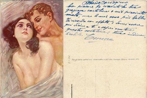 cartoline donna barbuta dietro il tendone